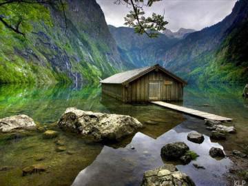 Đừng bỏ quên hồ Obersee xứ Bavaria khi rong ruổi trên hành trình khám phá nước Đức