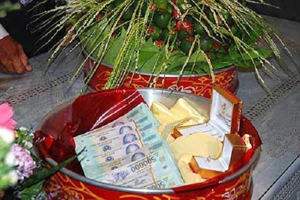 tranh cai chuyen nha gai thach cuoi nha trai 100 trieu dong - 2