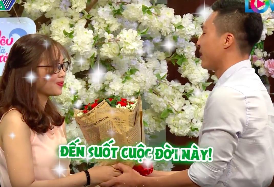 """yeu la cuoi: co gai cuc de thuong tung bi ban trai ngo lo vi """"lun lun, den den"""" - 5"""