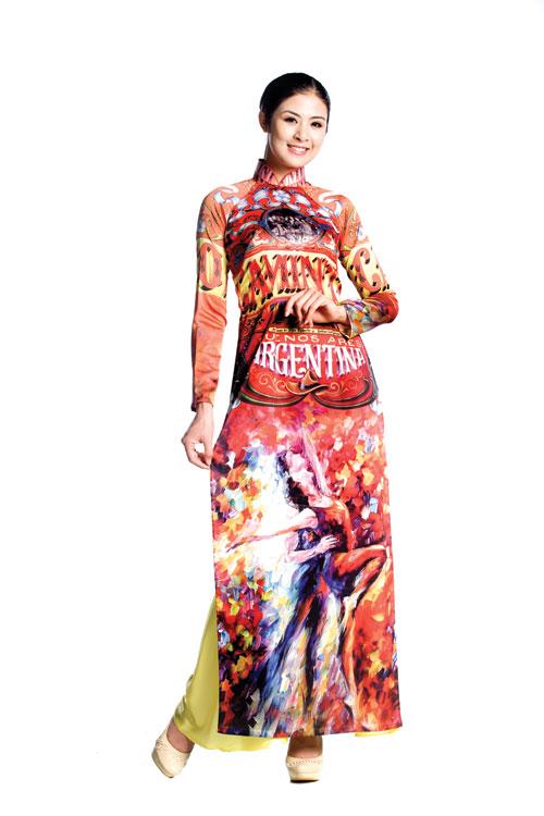 Thế giới trong tà áo dài Việt