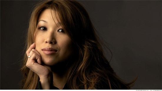 Xem mặt nữ doanh nhân xinh đẹp, nổi tiếng trong ngành sex toy
