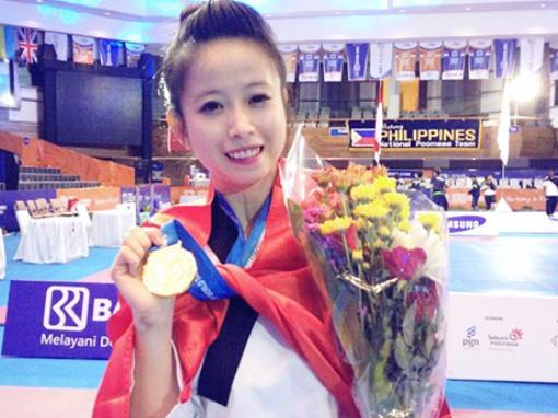 'Hoa khôi' làng võ Châu Tuyết Vân giành hai HC vàng châu Á