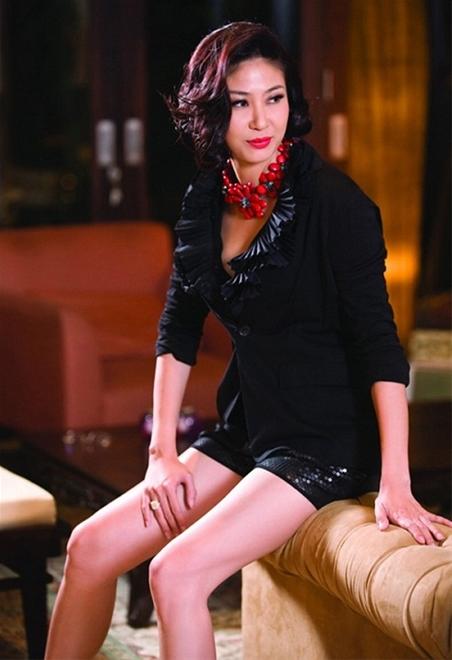 Nữ đại gia đẹp và nổi tiếng hơn cả hoa hậu ở Việt Nam