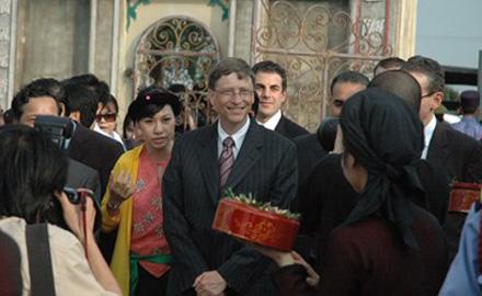 """Bill Gates không có """"cửa"""" vào Việt Nam"""