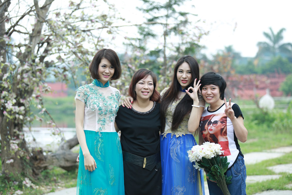 Nữ hoàng áo dài bất ngờ làm giám khảo cuộc thi SMVN-TG 2014