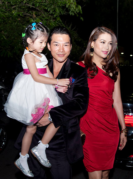 Đồng nghiệp, khán giả nuối tiếc cho vợ chồng Trương Ngọc Ánh