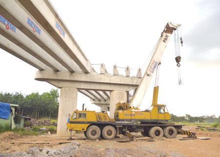 """Bộ Xây dựng: Nhà thầu Trung Quốc """"bỏ sới"""" đáng mừng vì..."""